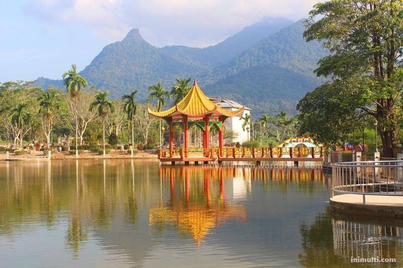 wisata waterboom villa pajintan