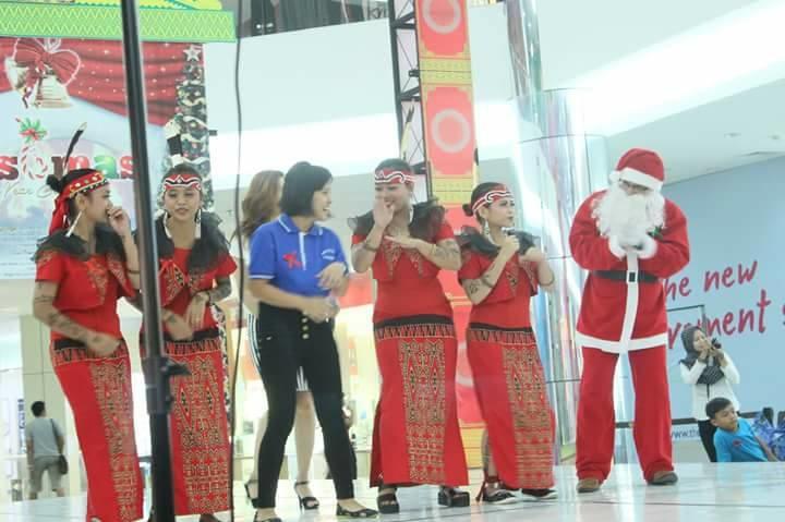ikbs merayakan natal bersama