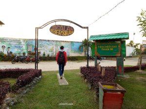 wisata pantai teluk atong